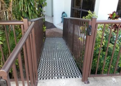 DISABLE RAMP AND RAILS