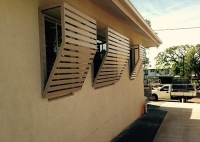 WINDOW HOOD AWNING