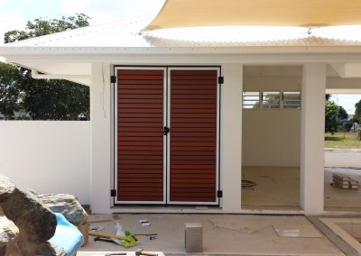 Timber Look Screen Gate